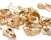 כרמיאל, פרץ לדירה של אחותו וגנב ממנה תכשיטים בזמן שהייתה מאושפזת בבית חולים